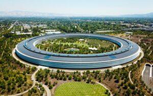 Ville du futur 2050 Apple Park Cupertino Normal Foster